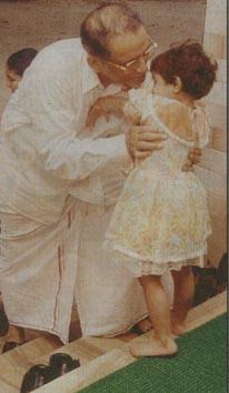 Shihab Thangal with grandchild
